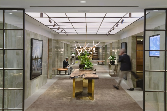 Cathay Pacific, The Pier Hong Kong, Lobby